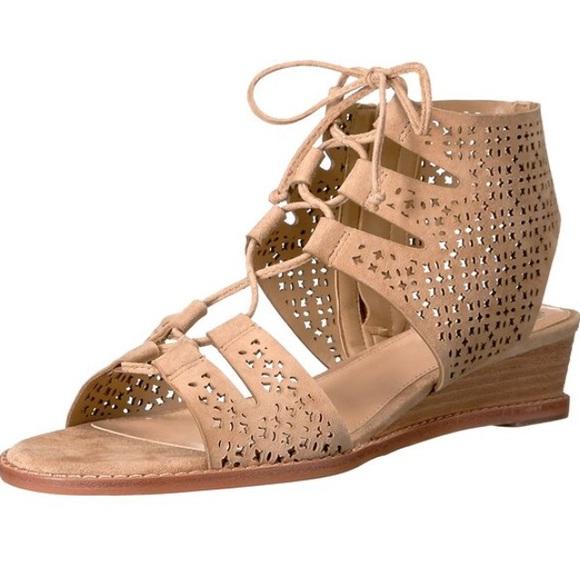 Choose SZ//Color. Vince Camuto VC-RETANA Womens Retana Wedge Sandal